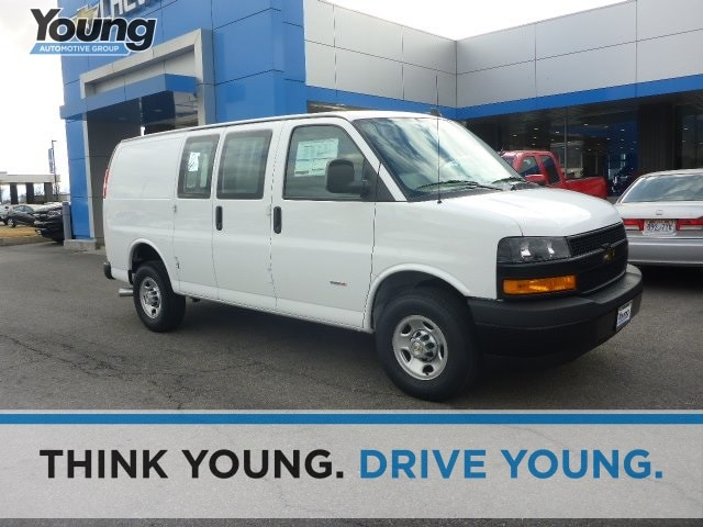 2018 Chevrolet Express 3500 Work Van Van Cargo Van