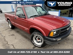 1997 Chevrolet S-10 Base Truck Standard Cab