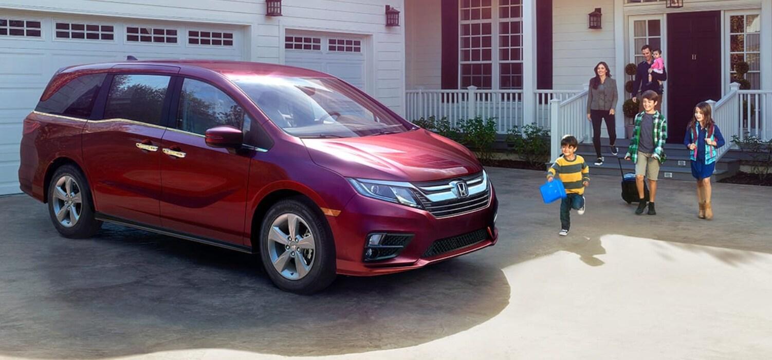 Red Honda Odyssey in Yuba City CA