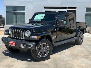 New 2020 Jeep Gladiator OVERLAND 4X4 Crew Cab in Yucca Valley
