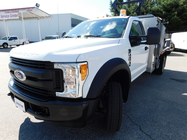 2017 FORD F450 Reg Cab XL 4X2
