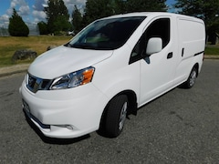 2018 NISSAN NV200 Tech w/ Bulkhead and Winter tires
