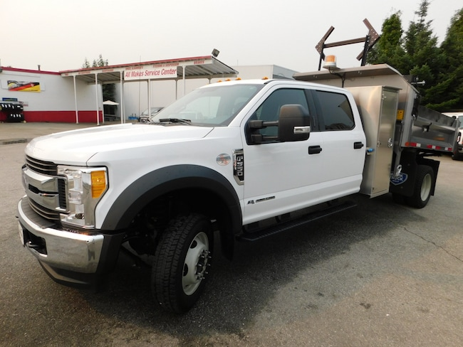 2017 FORD F550 XLT Crew Cab 4x4 w/ 9ft Dump & Tool Box