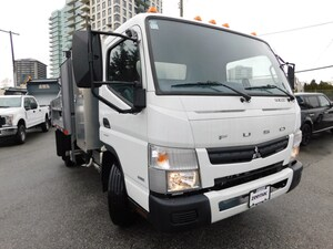 2017 MITSUBISHI FE160 Dump Truck Cab over w/ 9ft dump 4x2