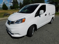 2018 NISSAN NV200 w/ Tech, Bulkhead & Winter Tires SV w/ Tech, Bulkhead & Winter Tires