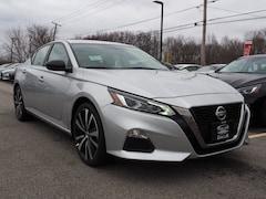 2019 Nissan Altima 2.5 SR Sedan Front-wheel Drive