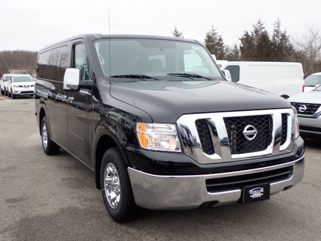 2019 Nissan NV Passenger NV3500 HD SV V6 Van Passenger Van
