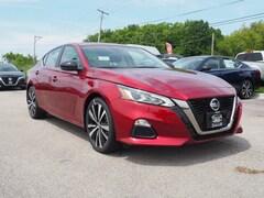 2019 Nissan Altima 2.0 SR Sedan Front-wheel Drive