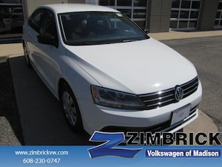 Bargain Used 2016 Volkswagen Jetta 4dr Man 1.4T S w/Technology Car Madison, WI