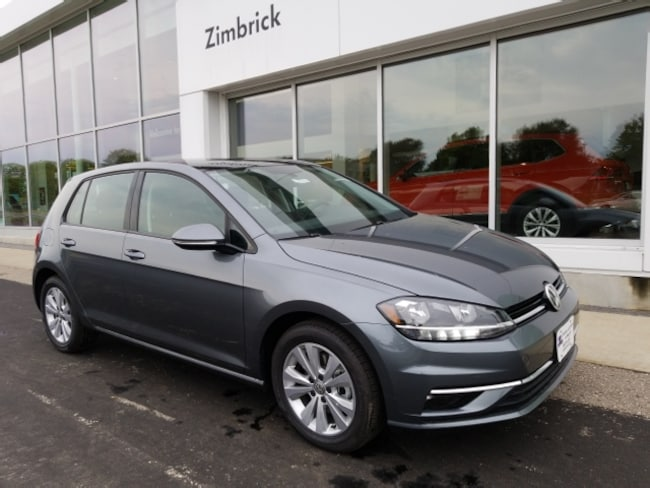 New 2018 Volkswagen Golf TSI SE Hatchback Madison, WI