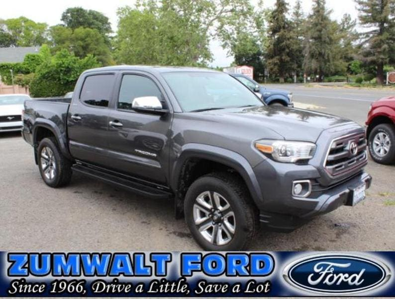 2017 Toyota Tacoma Limited Crew Cab Short Bed Truck