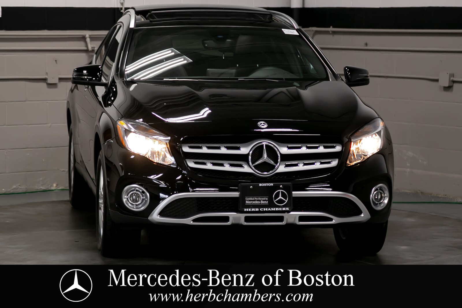 used 2018 Mercedes-Benz GLA 250 car, priced at $33,998
