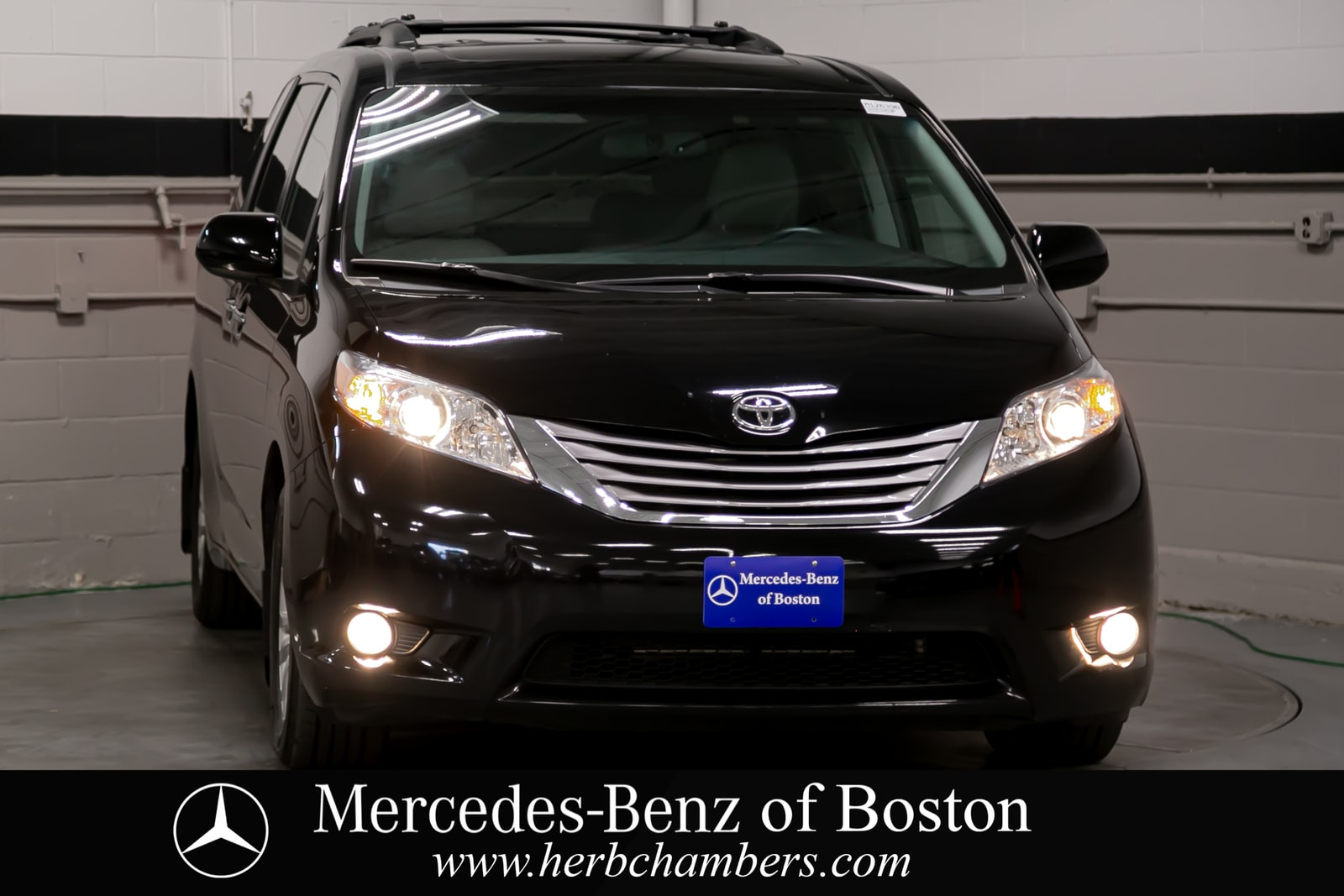 used 2015 Toyota Sienna car, priced at $21,998